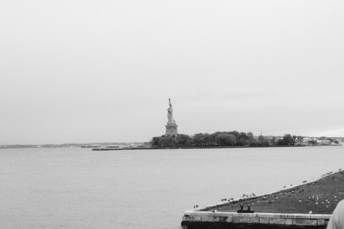 statue_of_liberty_new_york_city_black_and_white